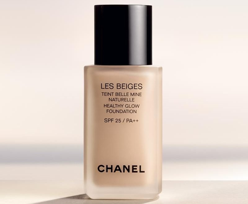 Chanel Les Beiges Healthy Glow Foundation SPF 25 PA++