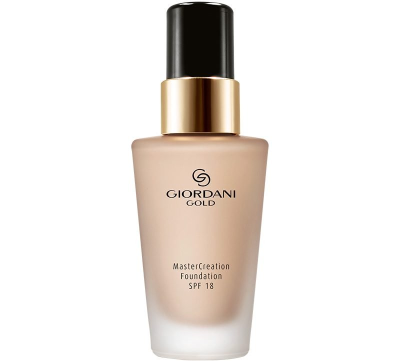 Oriflame Giordani Gold MasterCreation Foundation SPF 18 Soft Vanilla